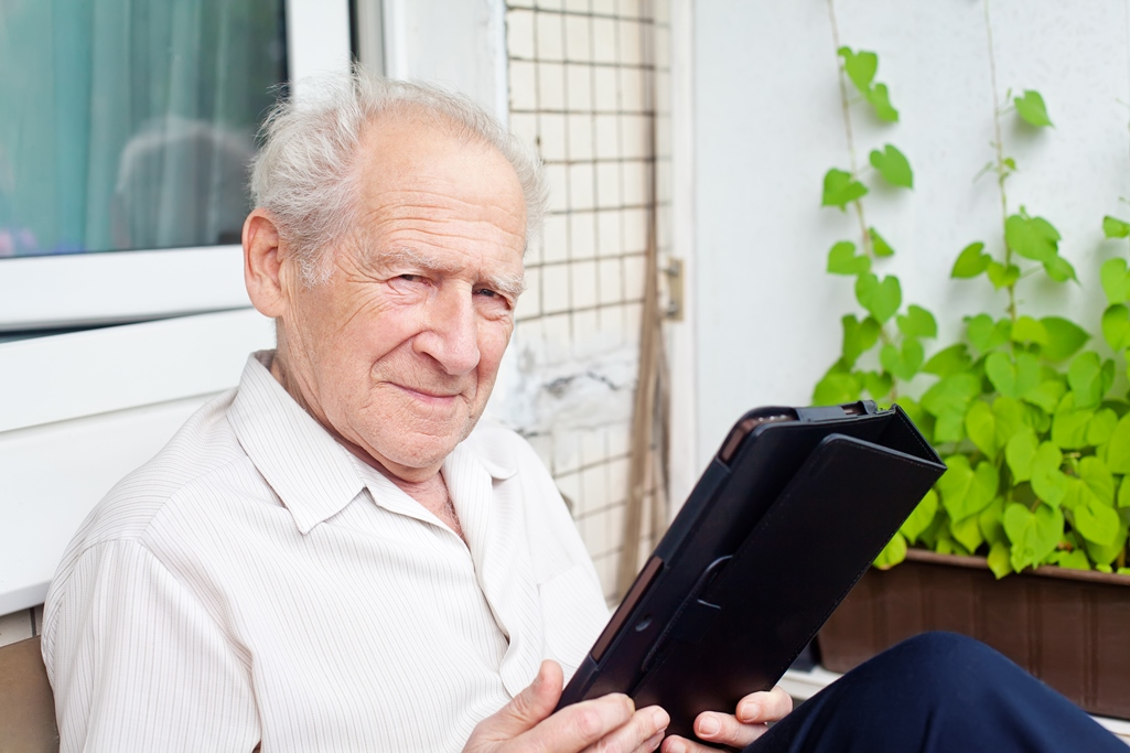 Dating Online Websites For 50 And Over